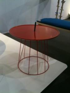 Pied de table rouge pour Superette