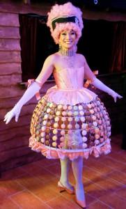 Kit-casino-robe-macaron réalisée façon carcasse abat-jour