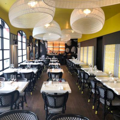 Le-restaurant-avec-les-carcasses-Belle-ile